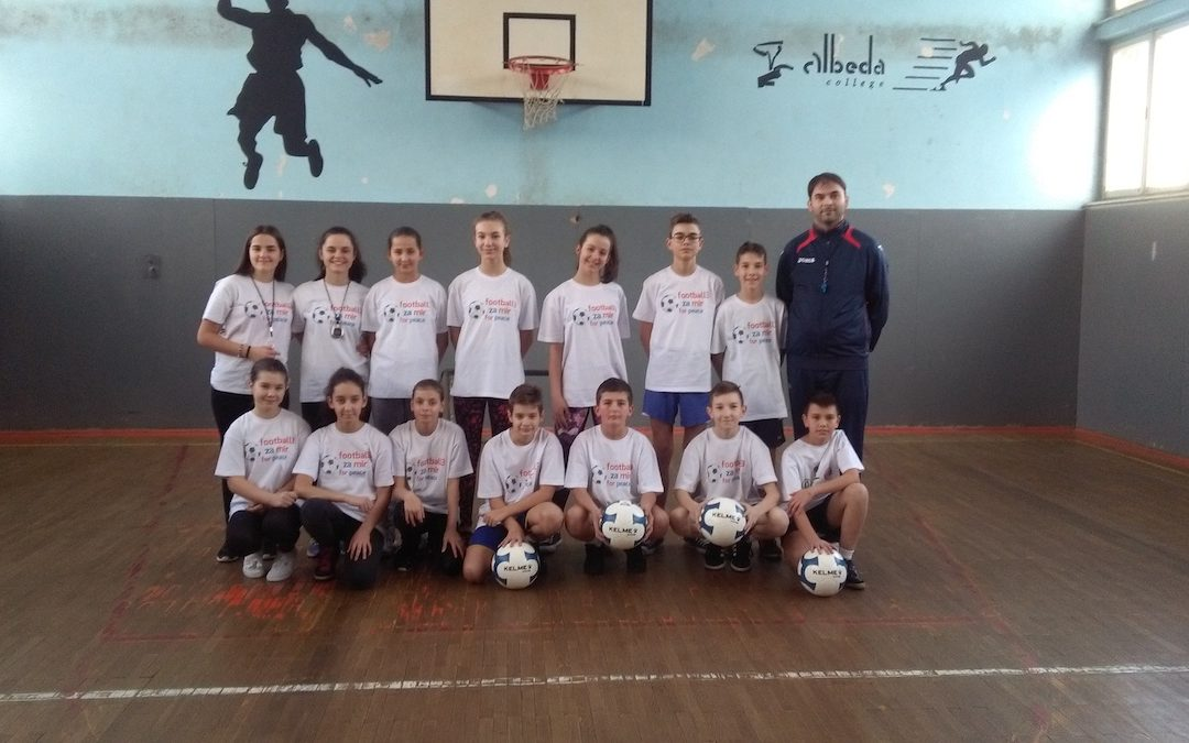 """The gear for pupils participating in the project """"Fudbal3 for peace"""" is here"""